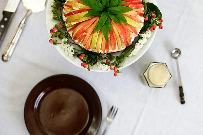 Apfel Nuss Kuchen - Iris Frank
